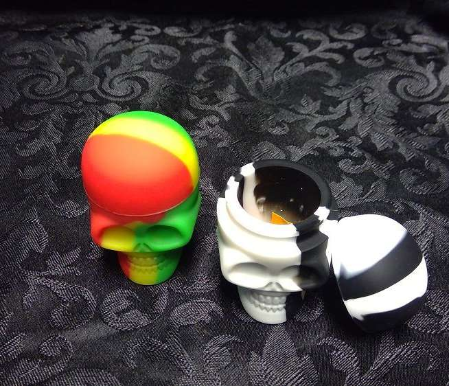 Skull Silicone Jar large